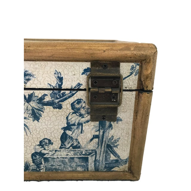 Antique Blue & White Toile Box - Image 4 of 9
