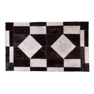 "Cowhide Patchwork Area Rug - 6'7"" x 4'0"""
