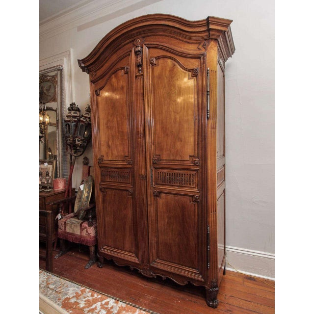 lovely fine period louis xvi armoire decaso. Black Bedroom Furniture Sets. Home Design Ideas