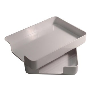 Radius One white tacking paper trays