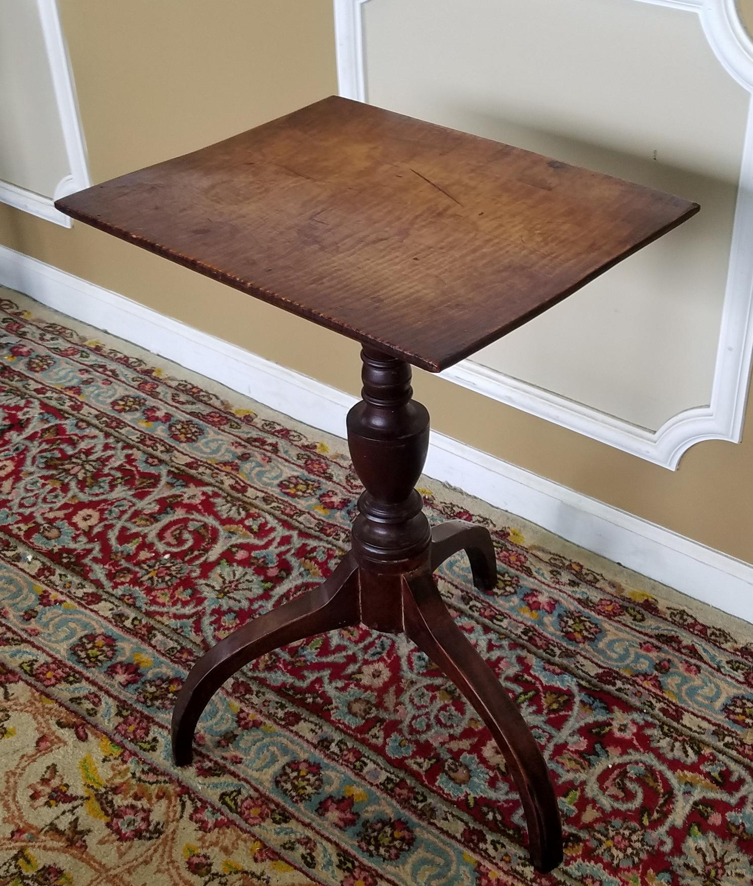 1810 Antique American Federal Tiger Maple Candle Stand Table   Image 3 Of 8