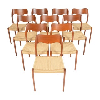 Møller Model 71 Teak Dining Chairs - Set of 10