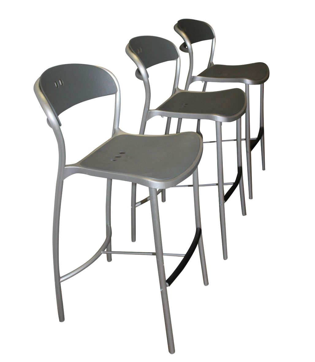 Pamplona Bar Stools By Arper Set Of 3