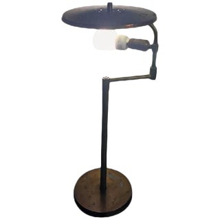 AMAZING INDUSTRIAL STYLE ADJUSTABLE DESK LAMP IN THE MANNER OF PAAVO TYNELL
