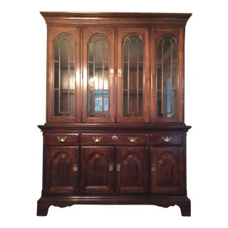 Traditional Solid Wood Hutch