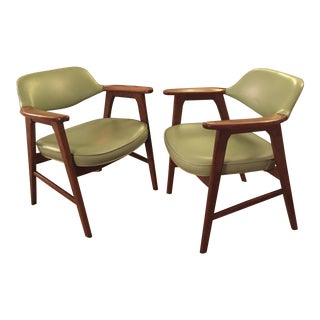 Paoli Mid-Century Avocado Green Arm Chairs - a Pair