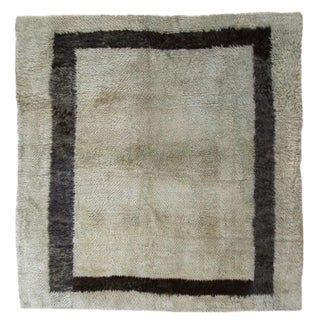 Vintage Angora Carpet   4'4 x 4'5 Tulu