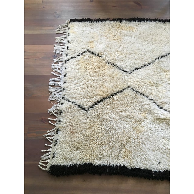 Vintage Moroccan Beni Ourain Rug - 4′4″ × 6′7″ - Image 3 of 8