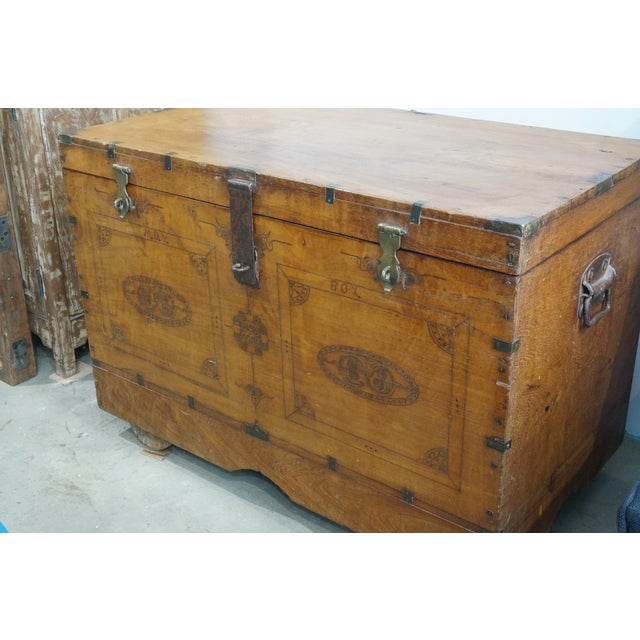 Vintage Jewelry Trunk - Image 9 of 9
