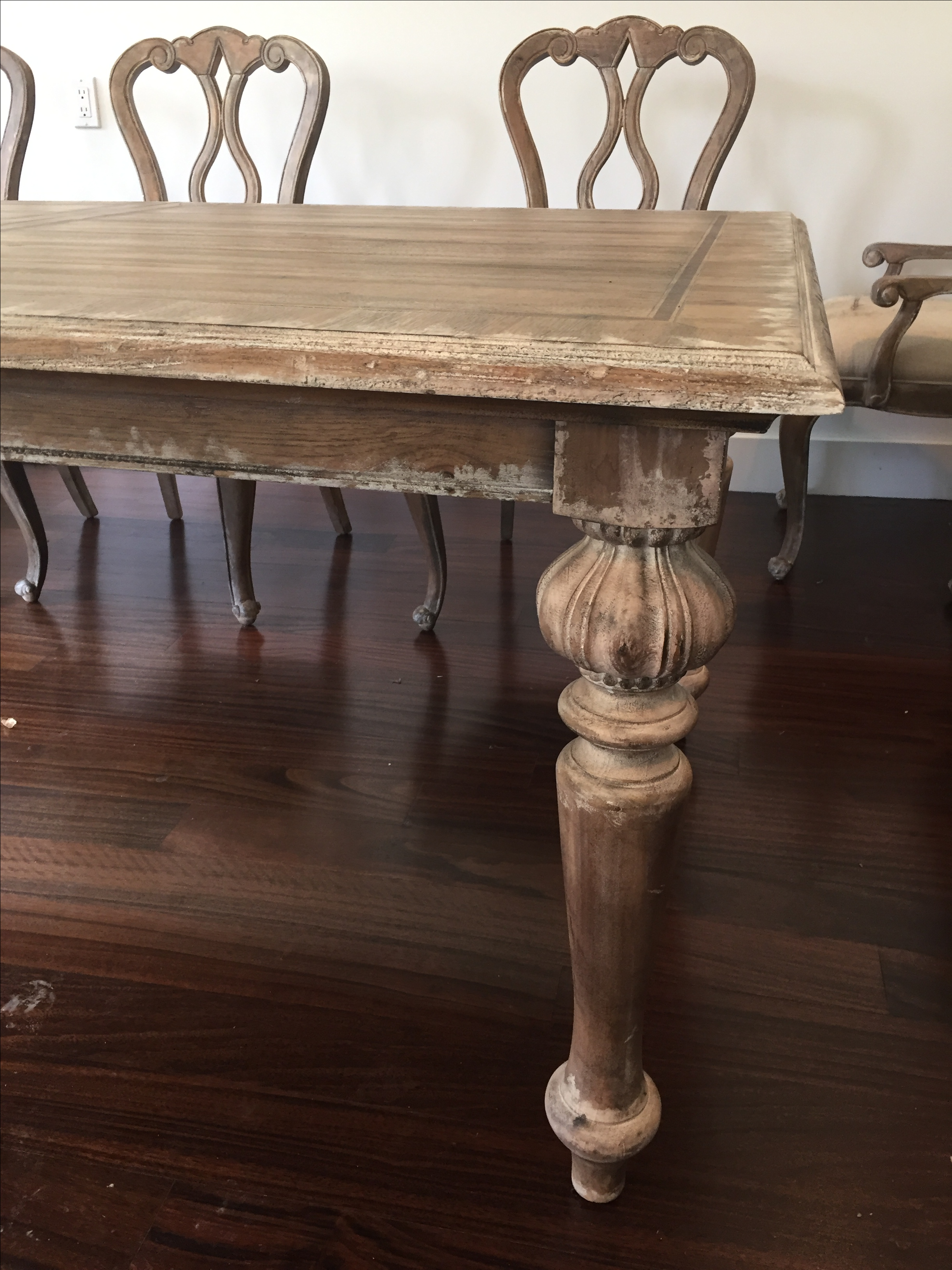 Hooker Chatelet Dining Table And Chairs   Image 4 Of 9