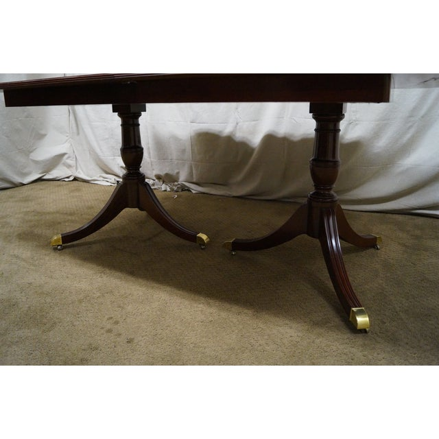 Kindel Flame Mahogany Duncan Phyfe Dining Table - Image 4 of 9