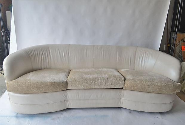 Curved Sofa Sectional Leather: Cream Leather Curved Back Sofa