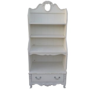 White Shabby Chic Wooden Bookshelf