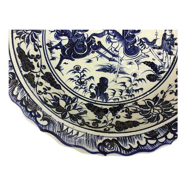 Oversize Blue & White Chinese Warrior Bowl - Image 4 of 5