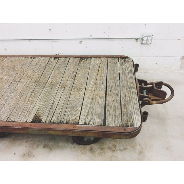 Antique Industrial Cart Coffee Table: Vintage Industrial Trolley Cart Coffee Table